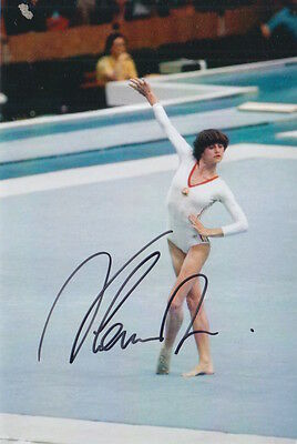 Nadia Comaneci Hand Signed 6X4 Photo Romanian Gymnast 6.