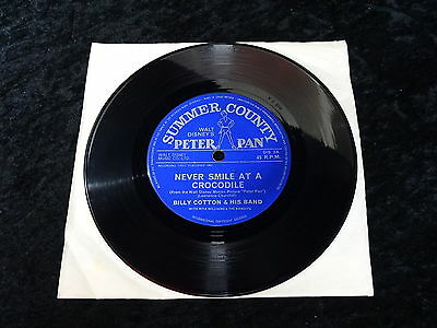 45 RPM Record Walt Disney Peter Pan - Never smile at a crocodile/ Billy Cotton