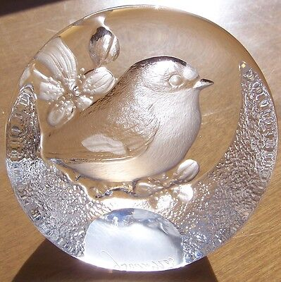 Mats Jonasson Chickadee 9205 Lead Crystal Glass Paperweight Made In Sweden