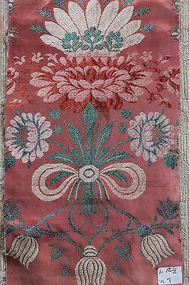 French 18thC Floral Silk Brocaded Lampas Textile Fabric