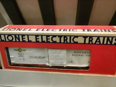 LIONEL O-Scale MANUFACTURERS RALLWAY BOX CAR 6-9483