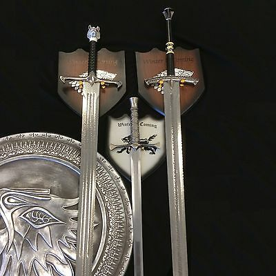 Game Thrones Swords and Shield Set