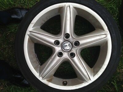 5 HSV VX clubsport wheels and tyres. 18inch