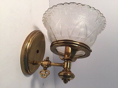 VTG Rare FELDMAN COMPANY WALL MOUNT CHANDELIER SCONCES LAMP BRASS KEY