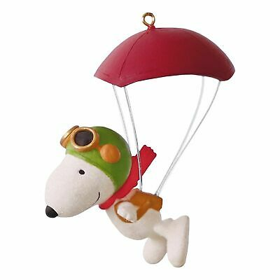 Paratrooper Snoopy 2016 HALLMARK Ornament  Snoopy  The Peanuts Movie  Flying Ace