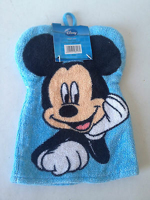 Disney Wash Mitt - Pink Minnie Mouse or Blue Mickey Mouse