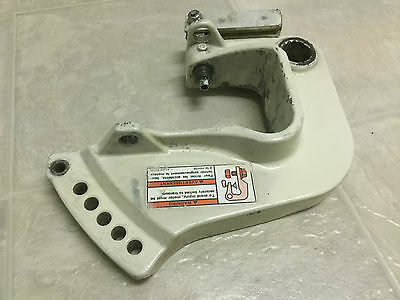 1997 SUZUKI 15HP Port Clamp Bracket 41121-89E50-Z11 1996-1998