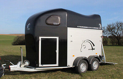 Gold Ii – Dark Grey With Tack Room, Pullman 2 Suspension And Spare Wheel