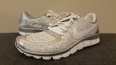 8723432429d04 Nike Free 5.0 V4 511281-102 Women s Size US 7 New in Box White Silver
