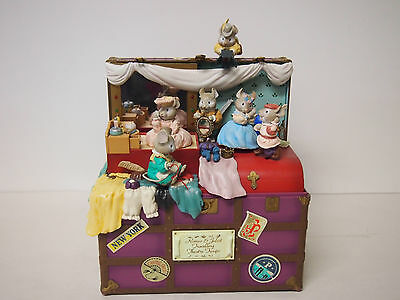 "ENESCO music box ""Mouseterpiece Theatre"" works"