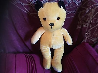 """Large Official Sooty 18"""" Soft Toy Plush Sweep Sue Vgcc"""