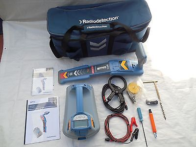 Radiodetection RD7100 DL TX-5 Cable Pipe Locator Super Clean