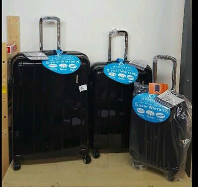 Studio Apostrophe Hard Travel Set Of 3 Suitcases Black New!!!