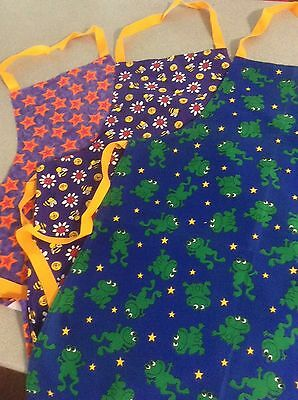 Child's apron cooking, art smock (Size Large) Beautiful Bright designs