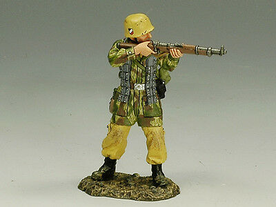 King and (&) Country  FJ013 - Standing Firing Rifle - Retired