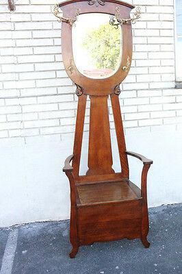 Charming Antique American Tiger Oak Hall Tree With Seat & Mirror, Early 19th C.
