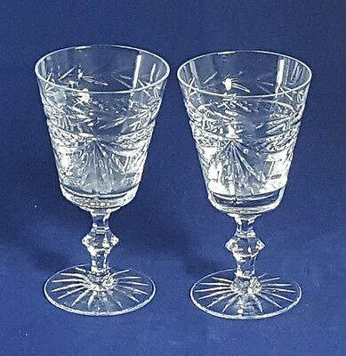 Beautiful Pair of High Quality and Heavy Crystal Wine Glasses. Height: 13.8 cm.