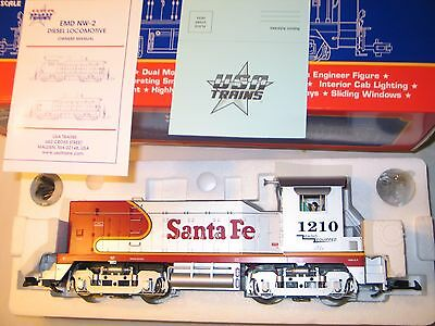 """New Usa Trains """"g"""" Santa Fe Warbonnet Nw-2 Diesel R22023 # 1210 Radio Equipped"""