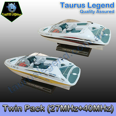Twin Pack 1/25 Scale Rechargeable Remote Control RC Boat Yacht Kids X'mas Gift