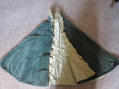Victorian style green velvet cape with gold satin lining,theatre costume