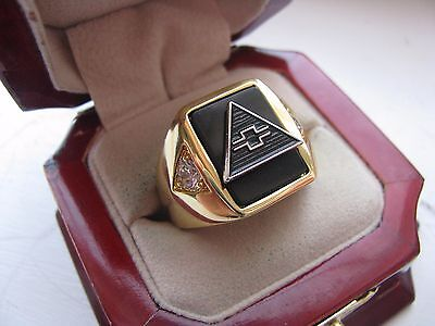 "Superb NEW Mens ""Chevy"" CREST Gold Ring"