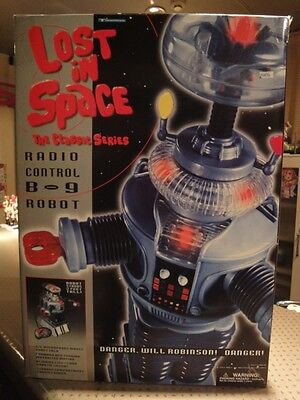 Vintage Toys / Space Family Robinson: ROBOT Friday B-9 (RC)