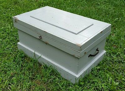 Antique Shabby Chic DOVETAILED Wood Wooden Sm. CHEST Trunk w/ Tray & Key 1800s