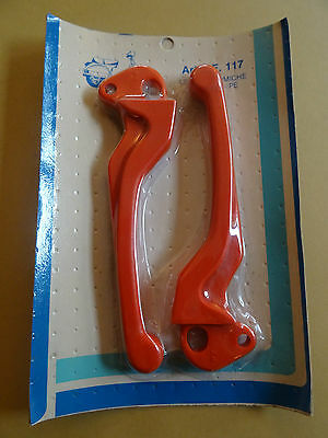 VESPA PX/e 125 150 & 200 1980s NOS UTAH  BRAKE AND CLUTCH LEVERS....