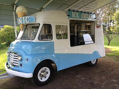 Ice cream van.Ex Mr.Whippy Commer 1962.Vintage. Retro.Trailer.Ready made shop.