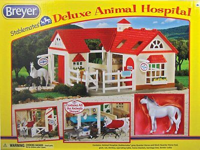 Breyer Stable Mates Deluxe Animal Hospital with 6 Animals!