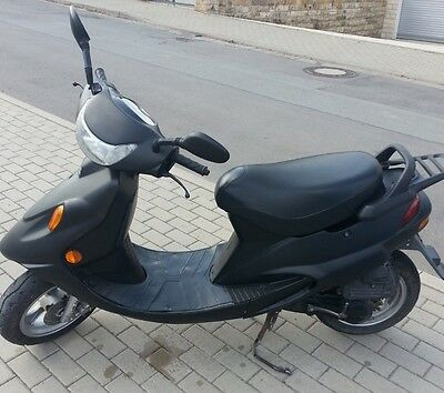 moped roller kymco kb 50 preissenkung eur 300 00. Black Bedroom Furniture Sets. Home Design Ideas