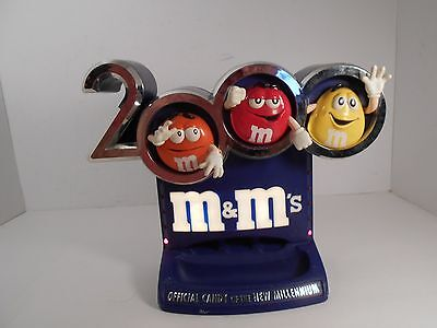 2000 M&Ms 3D Millenium Candy Dispenser Refillable Light Up Arm Pull Works