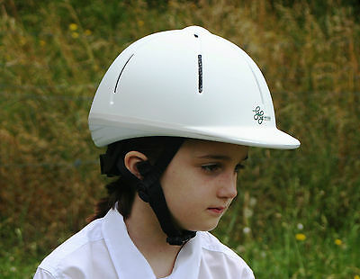 Choldrens riding helmet pont club aproved