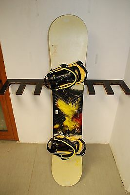 Burton Progression 147 cm Snowboard + Burton Progression Bindings