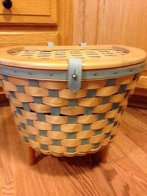 Longaberger 2006 Hostess Bicycle Basket w/ Lid, Protector in Natural/Blue-EUC