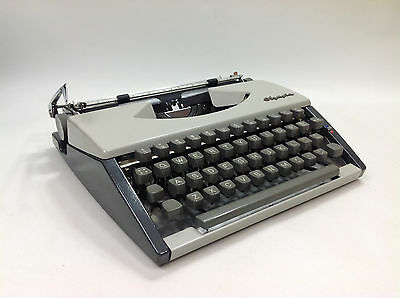 Excellent Vintage OLYMPIA SF DELUXE Type Writer Cursive Font