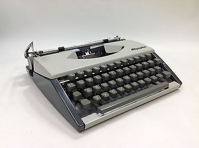 Excellent Vintage OLYMPIA SF DELUXE Typewriter Cursive Font