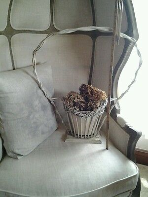 VINTAGE ANTIQUE Cream Wicker Funeral Wedding Flower Holder Basket with Vase