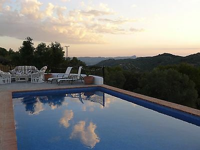 Holiday villa Rural Spain  3 bedrooms private pool free wifi, malaga hours drive
