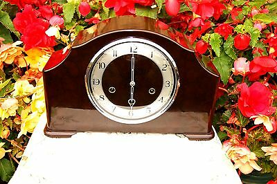 Stunning Smiths Antique Art Deco Bakelite Westminster Chime Mantel Clock, 1952.
