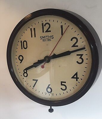 Smiths Wall Clock Bakelite 50's Mid century Electric Retro Vintage