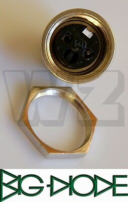 T3203009 Amphenol Circular Connectors C091A Female receptacle front mounting,