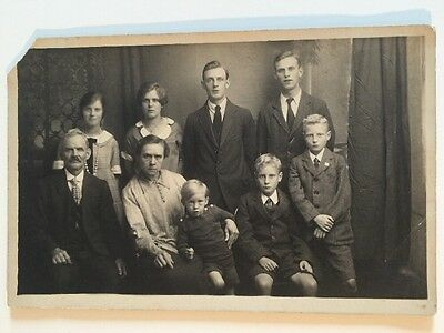 Vintage Postcard - RP Anonymous People - family Group #112