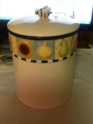 Ceramic Bee Canister/ cookie jar.