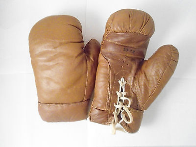 Vintage Brown Leather Boxing Gloves 10 Ounce OZ with Strings Film Prop Punching