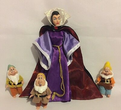 Disney Collector Villain Evil Queen Doll & Dwarfs From Snow White & Seven Dwarfs