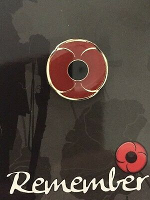 New 2D Poppy Lapel Pin * Remembrance Day
