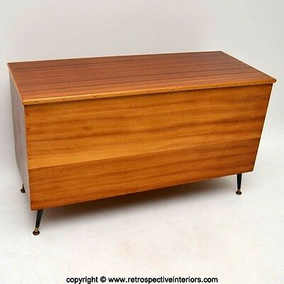 RETRO WALNUT STORAGE / BLANKET CHEST VINTAGE 1950's