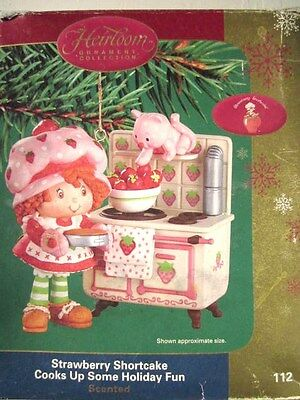 STRAWBERRY SHORTCAKE ORNAMENT COOKS BAKES HOLIDAY FUN at STOVE SCENTED NEW RARE