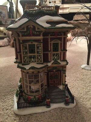 Department 56 Village Lighted Victorian Family Christmas House  # 58717 w/ Box